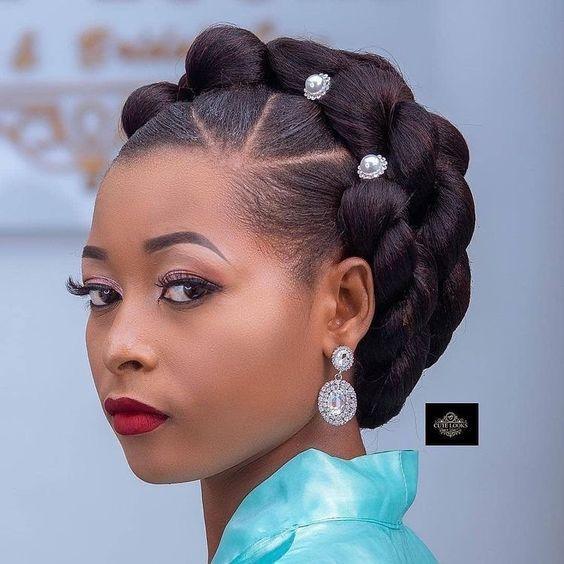 "•Kiss •Thebride •Ghana on Instagram: ""Follow👉 @kissthebrideghana Tag #kissthebrideghana —————————————————— #ghanabride#weddinghair#nigerawedding#youmaykissthebride#bridalstyle…"""