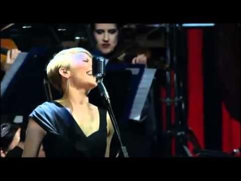 Día25 #25Canciones: Una canción que no me canso de escuchar: Sting - Desert Rose  Live in Berlin 2010