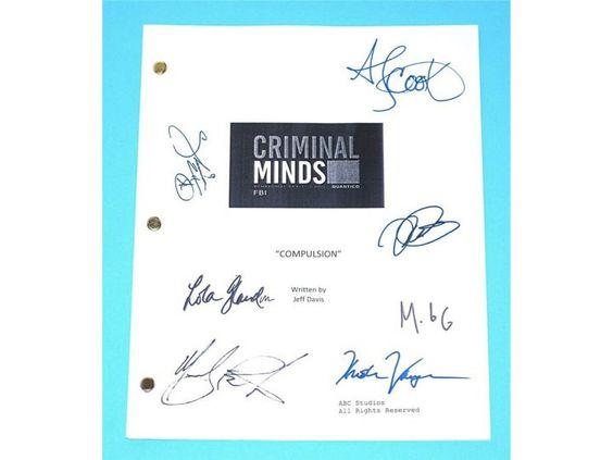 "Criminal Minds ""Compulsion"" TV Script Screenplay Autographed Thomas Gibson, Matthew Gray Gubler, Shemar Moore, Mandy Patinkin"
