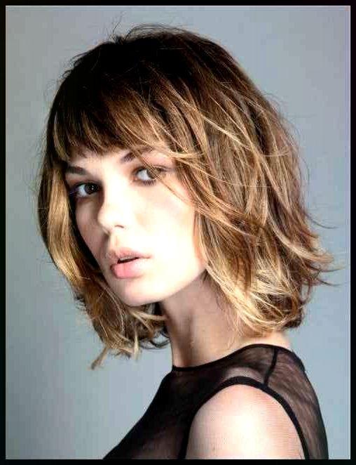 Haare Haarschnitte Und Frisuren Fur Herbst Und Winter 2017 39 18 Frisuren Haare Haarsch Haar Styling Haarschnitt Ideen Stufenhaarschnitt