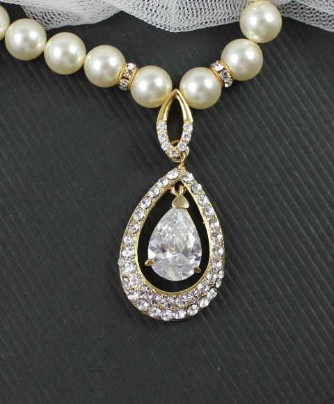 Swarovski Crystal and Pearl Wedding Necklace by JamJewels1