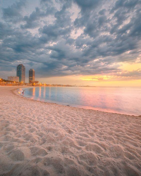 Barceloneta Beach in Barcelona at sunrise by Vasyl Onyskiv Song: Jazz in Barcelona by Frank Boeijen: