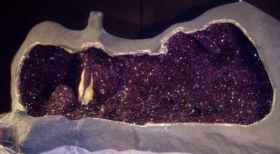 Amethyst Drusen Geode von Hugo von Schreck