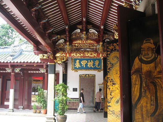 Chùa Thiên Hậu là ngôi chùa theo kiểu kiến trúc Trung Hoa