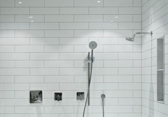 Prefab vs.Tiled Shower: Which is a Better Choice?