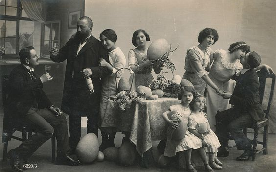 paasfamiliefeest 1926 by janwillemsen, via Flickr