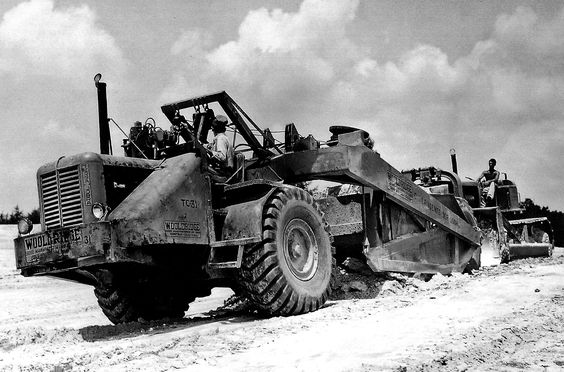 Wooldridge model TC-Y Terra Cobra of C.J.Langenfelder at work on the Pennsylvania Turnpike in early 1952. The un-muffled straight exhaust pipe probably made for some interesting listening. Push tractor is an Allis-Chalmers HD-15.