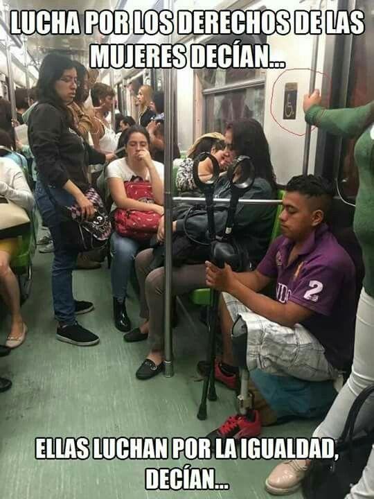 Resultado de imagen para mujeres no dan el asiento