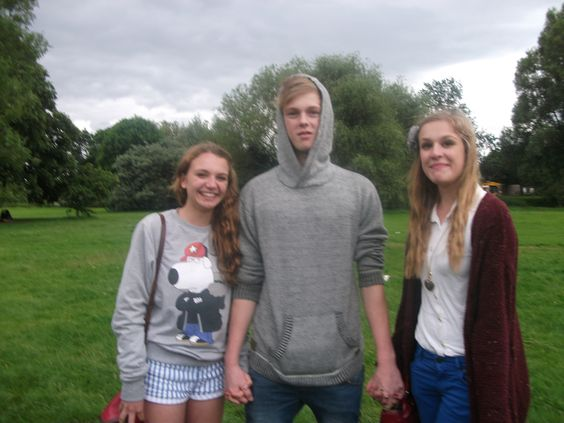 I went to the Reading gathering and met Caspar Lee!♥
