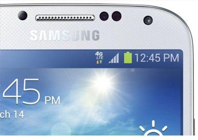 Samsung libera una actualización OTA de 51 MB que sirve, entre otros cambios, para activar el soporte para redes 4G de Yoigo y Orange en la versión libre del Samsung Galaxy S4.  http://www.movilzona.es/2013/07/19/actualizacion-del-samsung-galaxy-s4-para-soportar-las-redes-4g-de-yoigo-y-orange/