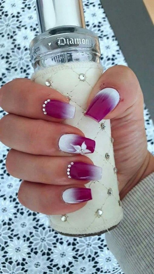 44 Breathtaking Winter Ombre Nail Design You Have To Want Liuly