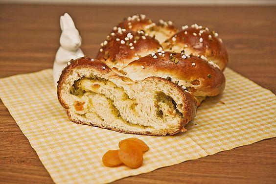 Pistazien-Marzipan Hefezopf, ein gutes Rezept aus der Kategorie Kuchen…