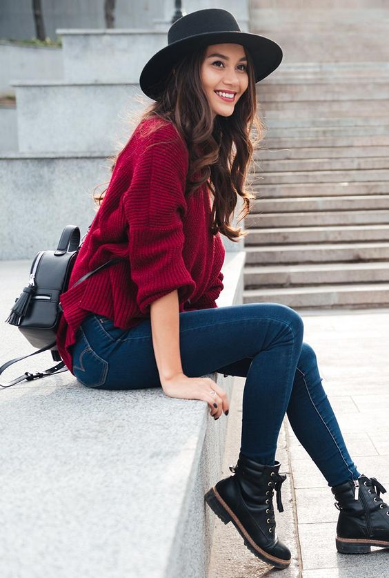 Los jeans son los infalibles en el armario de una mujer 59ebd536d79