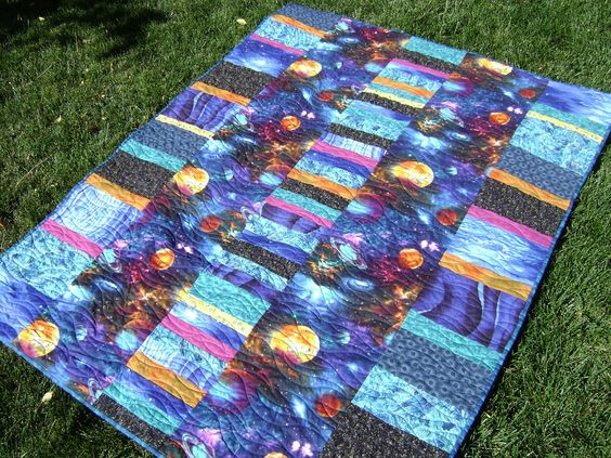 Quilt turquoise and outer space on pinterest for Outer space quilt