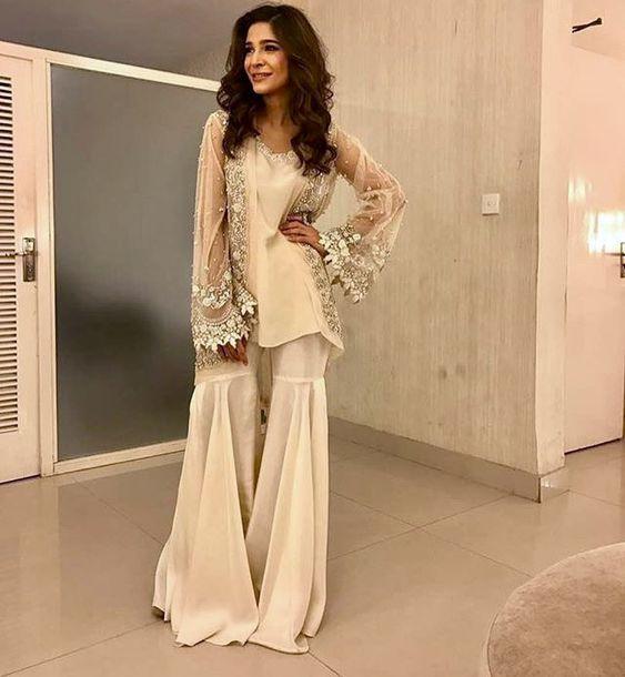 Stitching Styles Of Pakistani Dresses Off white ghrara Pant