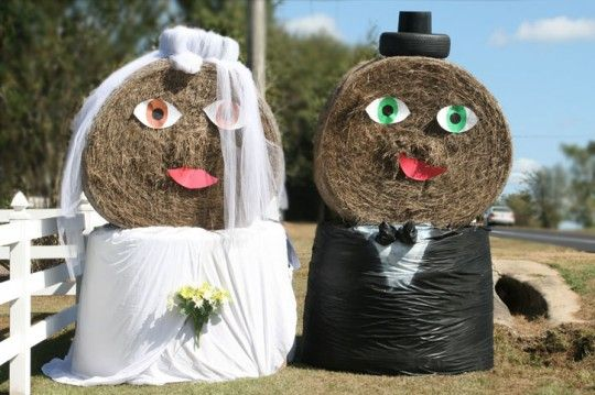 hay bails bride and groom for wedding