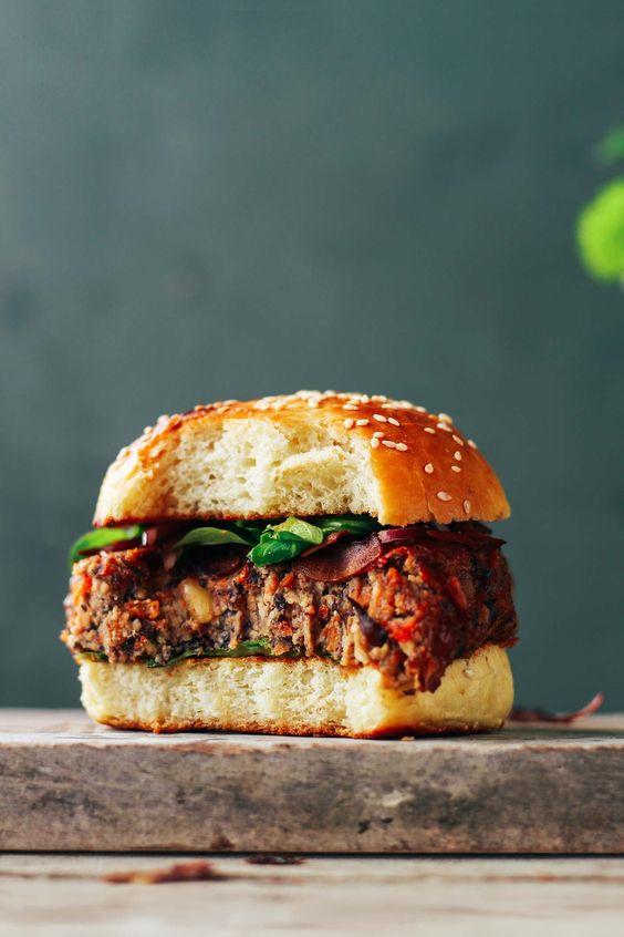 Smoky Tempeh Black Bean Burgers Recipe Black bean burgers - meine vegane küche