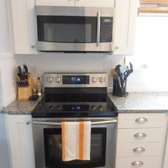 Common Kitchen Design Mistakes Microwave Oven Location Kitchen Appliance Set Kitchen Furnishings Gas Stoves Kitchen
