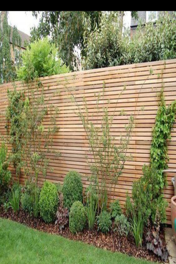 23 Besten Zaun Design Ideen F R Ihren Garten Auf Der Suche Nach Garten Zaun Design Ben Tigen Sie Eine Interessante Backyard Design Lawn Restoration Backyard