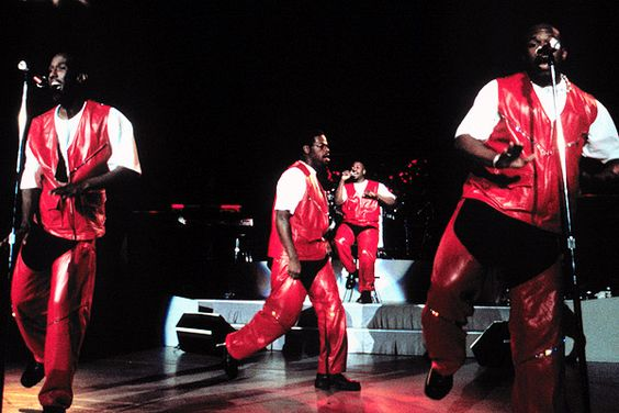 Boyz II Men. Vote here >> http://www.mtv.com/content/news/2012/boybandbattle/