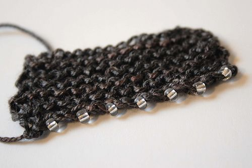 Knitting bind off with beads