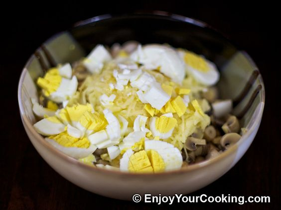 Crab Sticks Salad with Pickled Mushrooms and Apple Recipe: Step 5