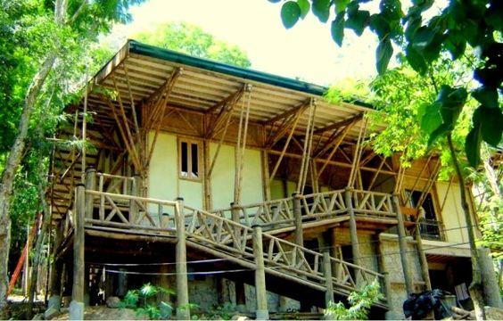 Uma casa de bambu em Parque Estadual de Niterói