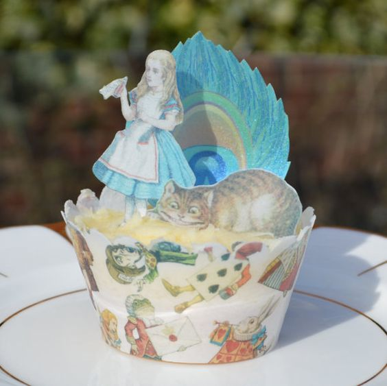 Edible Alice in Wonderland Peacock Feathers Gift Set - Mad Hatter Cheshire Cat Party Decorations Wafer Paper Cupcake Christmas Queen Hearts