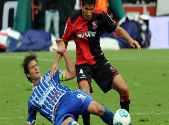 Newell's golpeado por la eliminación en la copa visita a un Godoy Cruz con planes de mantenerse en primera