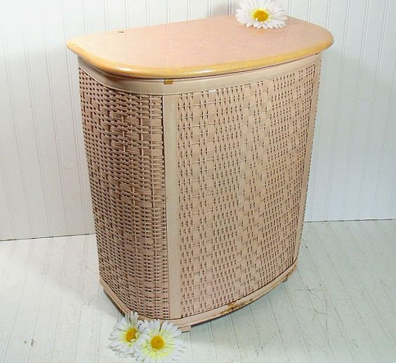 Vintage oversized salmon pink wicker clothes hamper retro mid century large pearl wick - Large wicker laundry hamper ...
