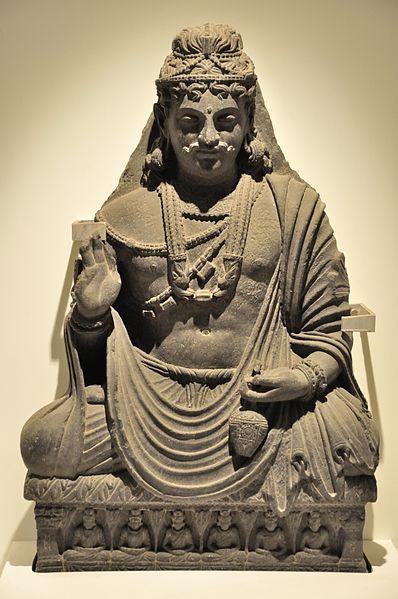 File:Maitreya - Circa 2nd Century CE - Loriyan Tangai - ACCN 4946-A23231 - Indian Museum - Kolkata 2014-04-04 4336.JPG