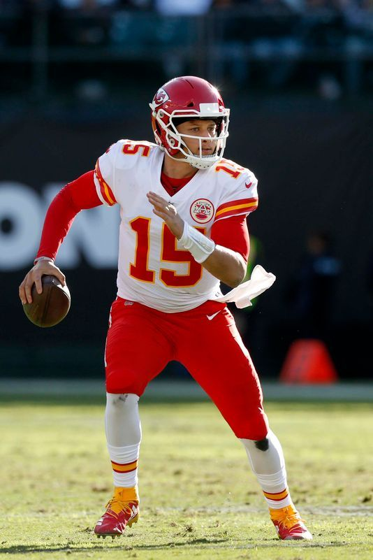 Patrick Mahomes Chiefs Move On After Kareem Hunt S Release Nfl Kansas City Chiefs Kansas City Chiefs Chief