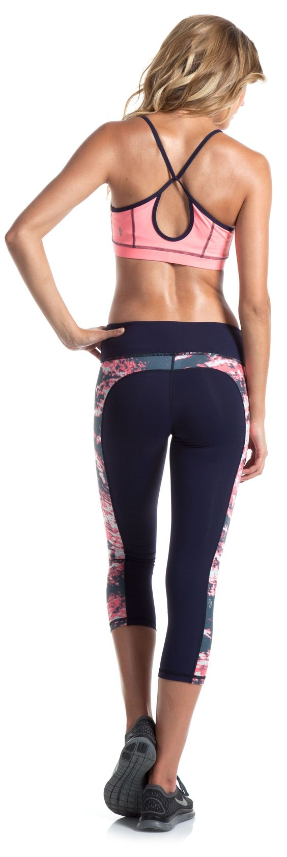 Ellie workout wear: Inspiration for the design of my activewear range. Take note of the design of the contour lines and the colour combinations used in this design.