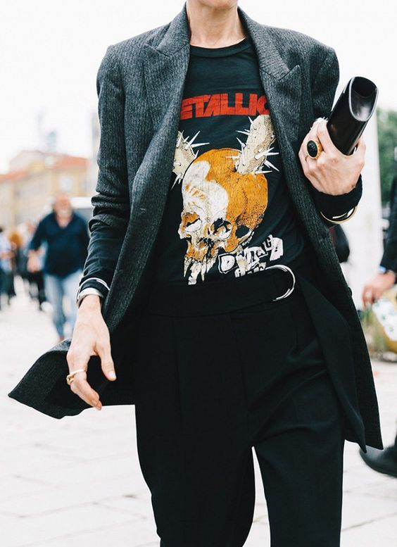 Blazer and a band tee is a great combination