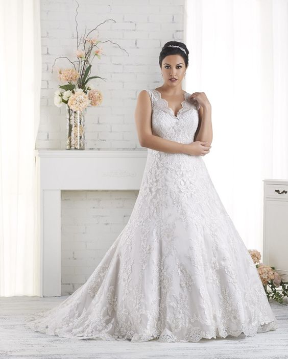 1518 Unforgettable By Bonny Bridal Gorgeous All Over Lace Plus Size Wedding Gown Fit And Flare With Cap Sleeves Fall 2017 Collection Pinterest