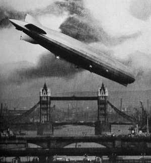 Graf-Zeppelin LZ-127 over London