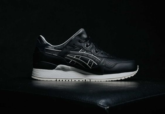 """The ASICS GEL-Lyte III Gets Dressed Up in a """"Tuxedo"""" Colorway."""