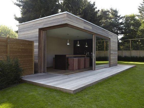 Modern tuinhuis met overdekte veranda tuin idee n pinterest case con piscina ramen e - Overdekt terras in hout ...