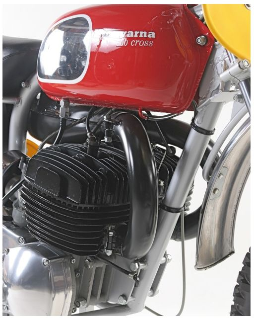 1969 HUSQVARNA 500 TWIN - American importer Edison Dye told the Swedes that the engine would be great for the Baja 1000. Husky rebuilt one of the road race engines to 492cc, and Malcolm Smith, Carl Berggren, Gunnar Nilsson and J.N. Roberts rode the 302-pound twin to Baja victory.