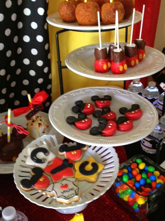 Mickey Mouse Birthday Party Ideas | Photo 13 of 23 | Catch My Party