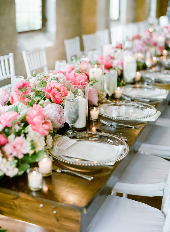 At Southern Weddings you'll find daily Southern wedding inspiration, real Southern weddings, and the best Southern wedding vendors.