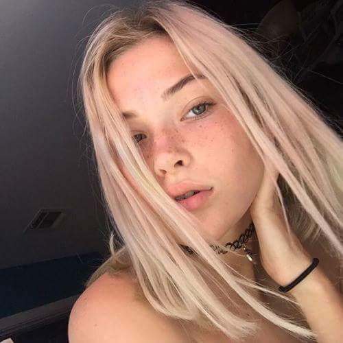 Teen selfies cute Teen Takes