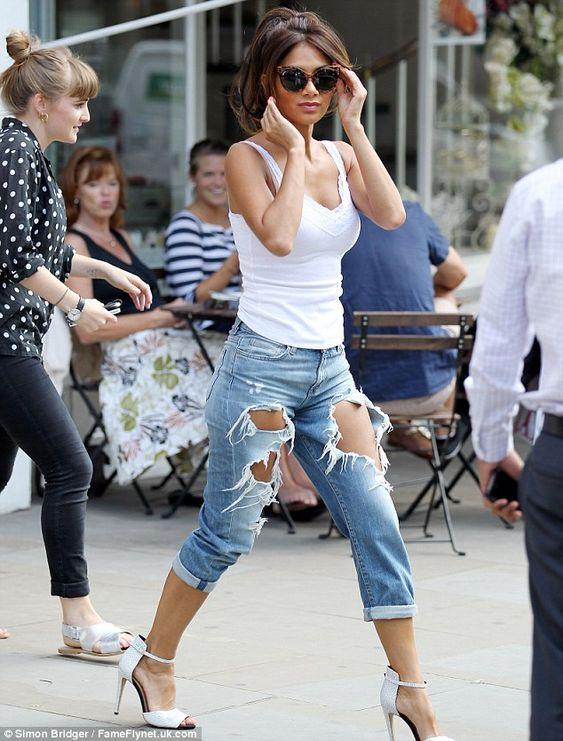 Former Pussycat Dolls singer Nicole Scherzinger on the streets of London. via dailymail.co.uk
