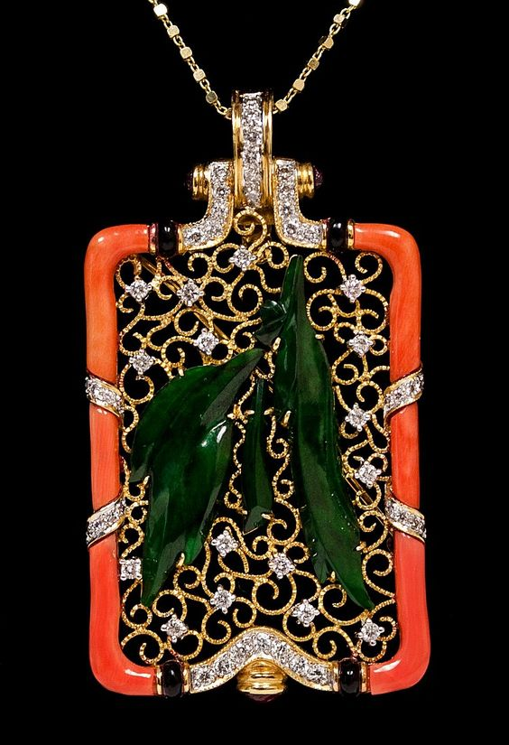 Lot 14: 18kt Yellow Gold Coral & Jade Brooch W11196 - Windsor Auction House Inc. | AuctionZip