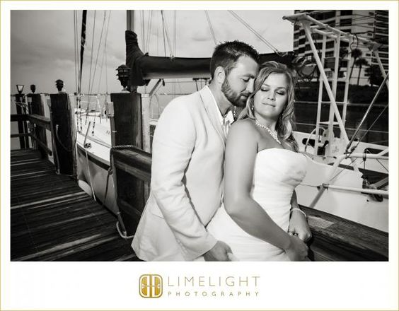 Bride and Groom, Ritz Carlton Sarasota, Wedding Photography, Hotel Wedding, Limelight Photography, www.stepintothelimelight.com
