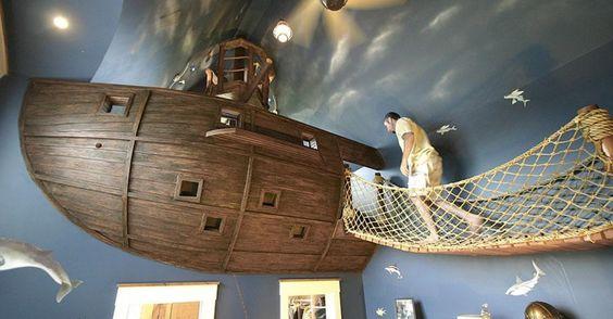 Jarloersmakende kinderkamers   Piratenschip   Schip   Boot   Wonen voor Mannen