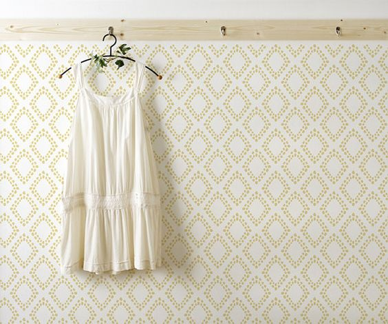 Diamonds - Scandinavian Wall stencil for DIY project - Wallpaper look and easy Home Decor