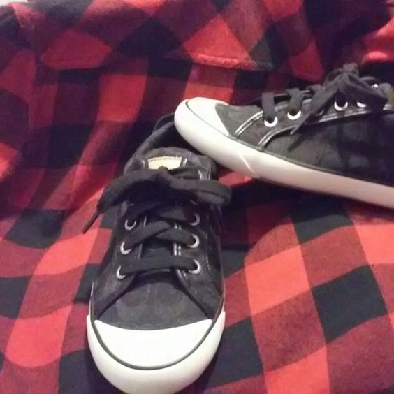 """Coach Authentic""""Barrett"""" canvas Signature sneakers These are EUC tennis shoes from Macy's, just too small for me ! Coach Shoes Sneakers"""