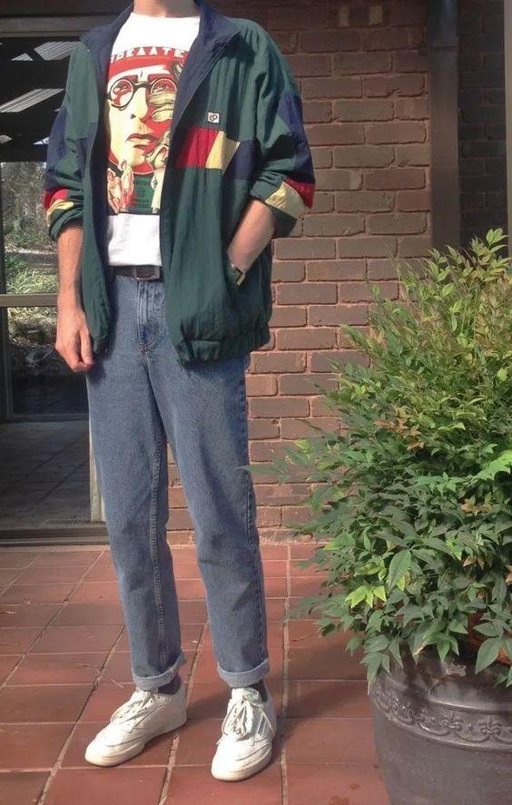 hombre con ropa retro