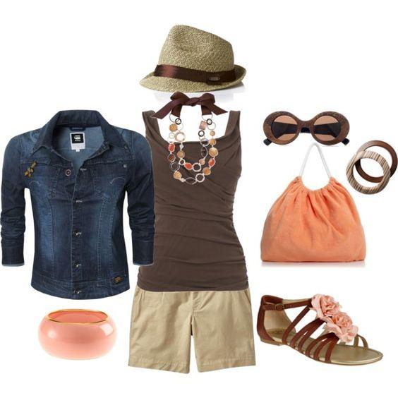 Just Peachy. Love the beach bag!